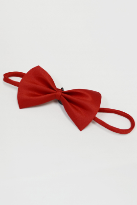 A bow tie Red