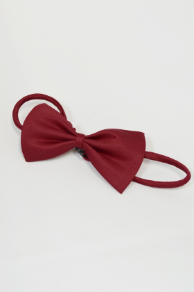 A bow tie Deep Red